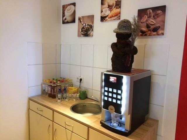 Jederzeit gibt es Kalt- und Warmgetränke in der Online Marketing Agentur aus Dortmund