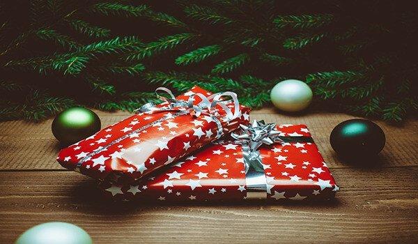 Beitragsbild zum Thema Geschenke