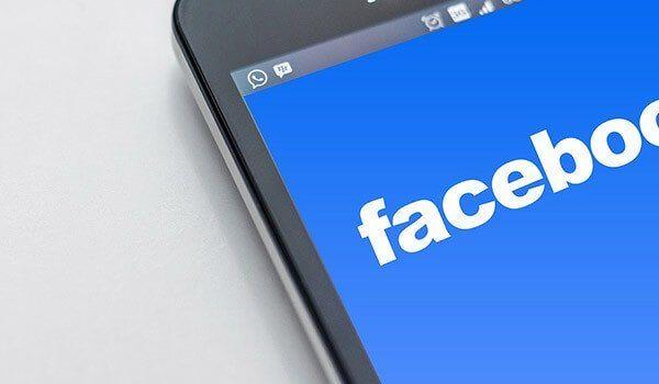 Beitragsbild zum Thema Facebook Design