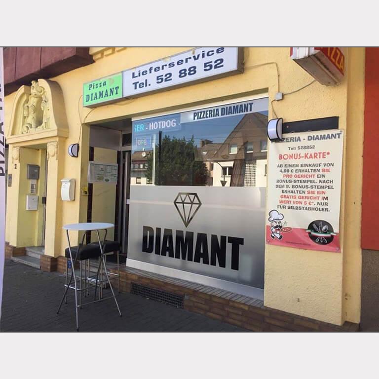 Abgebildet ist ein Screenshot der Referenz-Folie Pizzeria Diamant