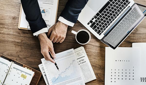 Blog Beitragsbild zum Thema Marketing fuer Dienstleister